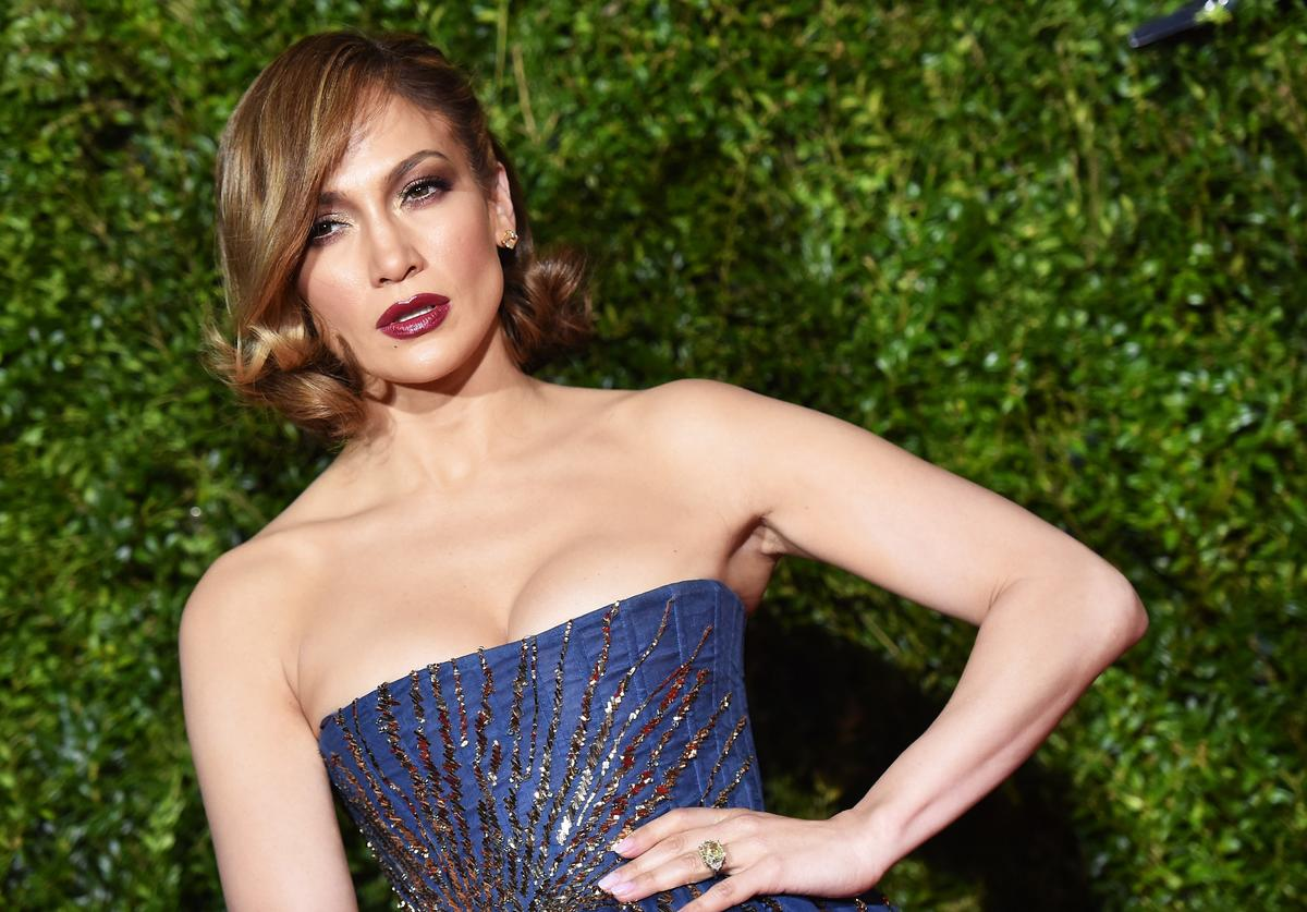 Jennifer Lopez, Engagement, Nude Photo, Naked Photo, In The Morning, Instagram