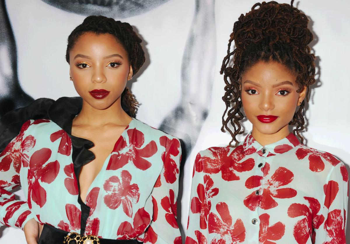 Singers Chloe Bailey (L) and Halle Bailey arrive at the 48th NAACP Image Awards