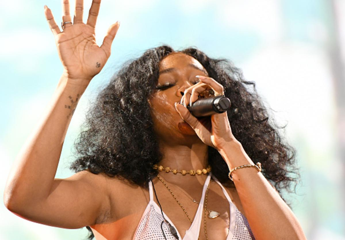 SZA Performs At Something in the Water