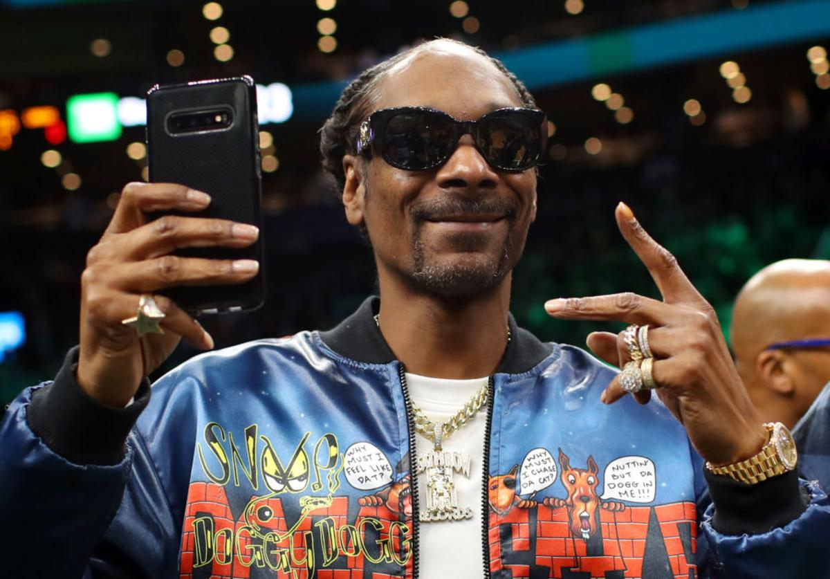 Snoop Dogg AEW