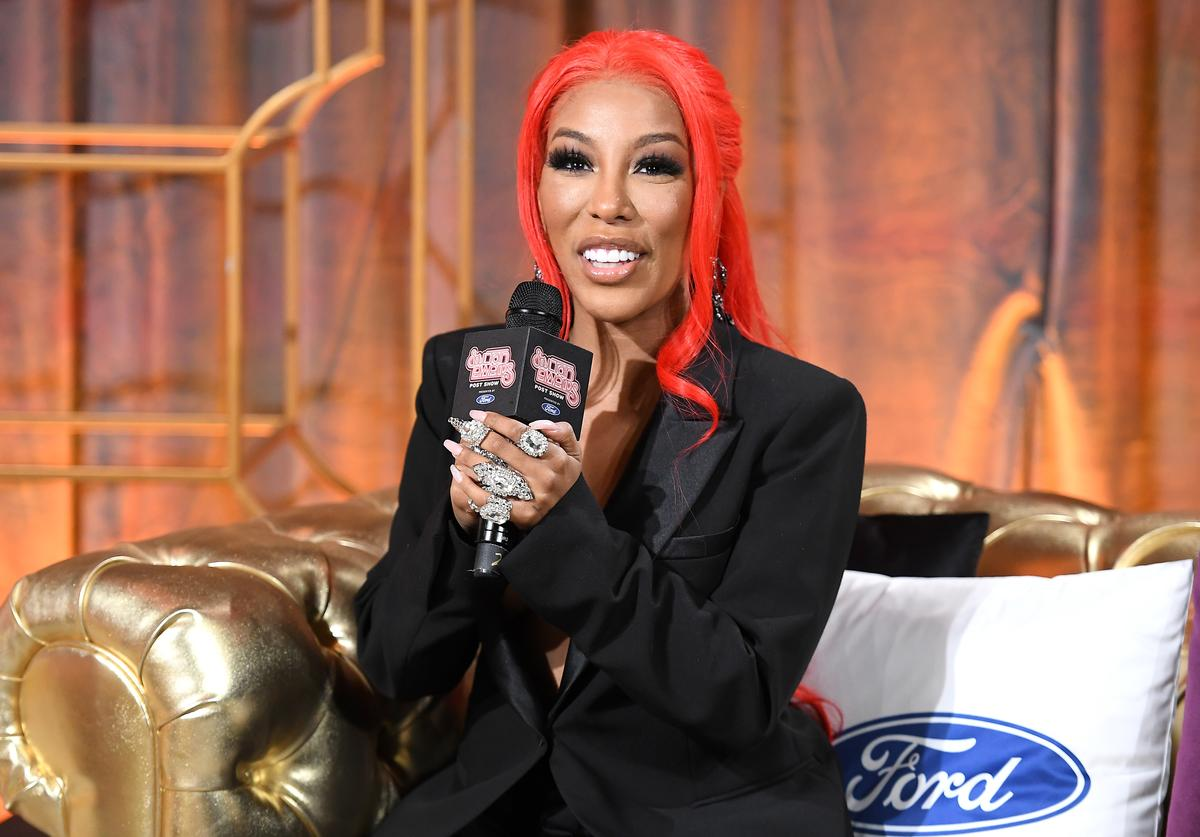 K. Michelle attends the 2019 Soul Train Awards presented by BET at the Orleans Arena