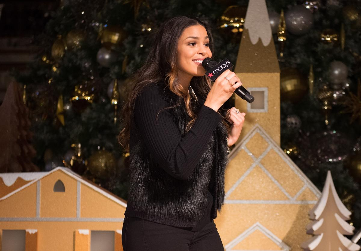 Jordin Sparks performs at the Macy's Tree Lighting.