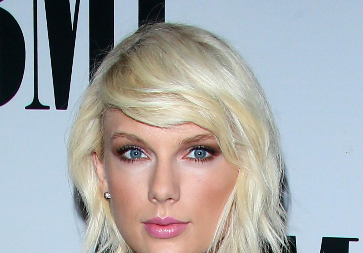 Taylor Swift at BMI awards