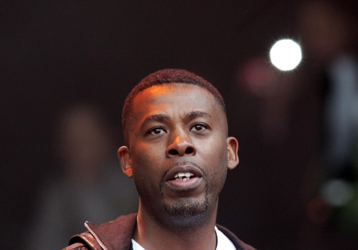 GZA performing
