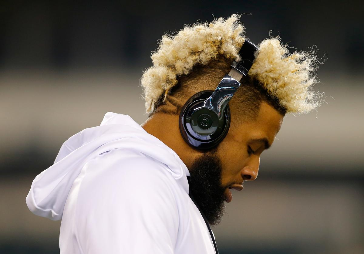 Wide receiver Odell Beckham Jr. #13 of the New York Giants looks on during warm-ups prior to the game against the Philadelphia Eagles at Lincoln Financial Field on December 22, 2016 in Philadelphia, Pennsylvania.