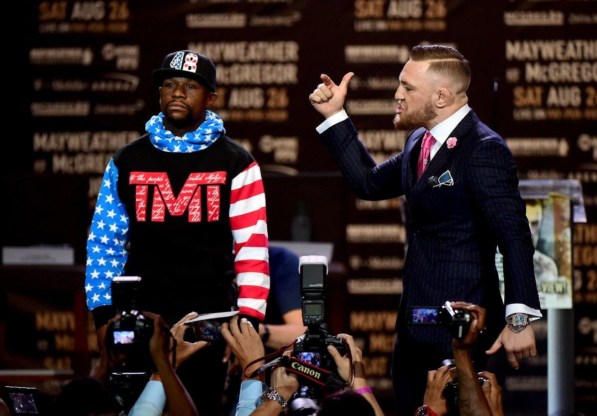 Floyd Mayweather x Conor McGregor at Press Conference