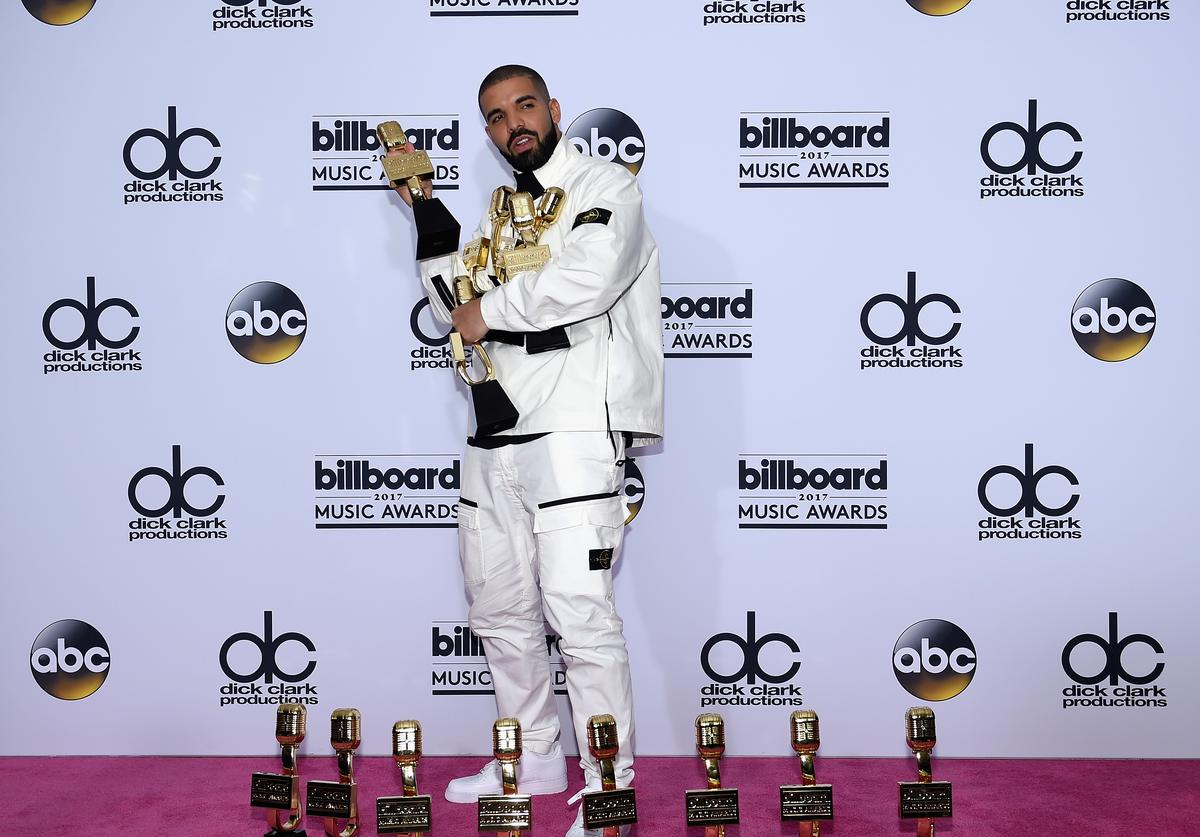 Drake at the Billboard Music Awards 2017