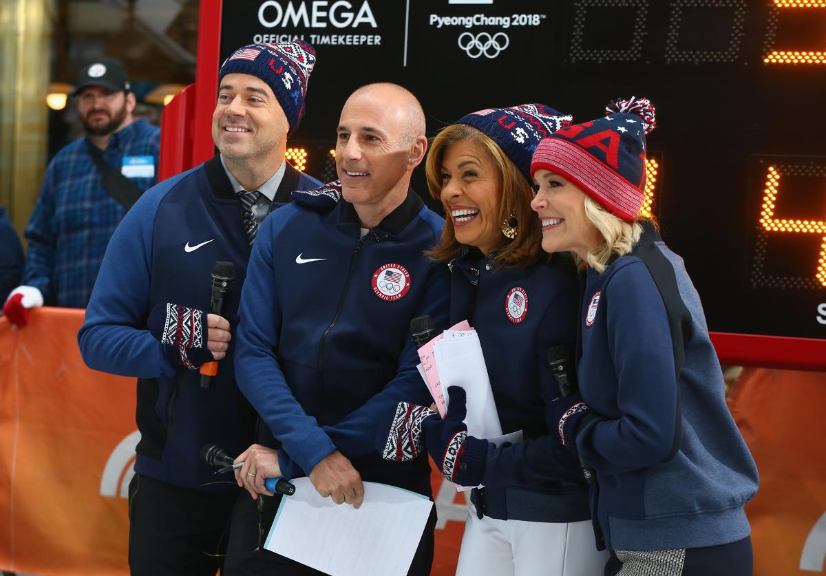 Carson Daly, Matt Lauer, Hoda Kotb and Megyn Kelly of NBC's Today Show pose for a photo during the 100 Days Out 2018 PyeongChang Winter Olympics Celebration - Team USA in Times Square on November 1, 2017 in New York City