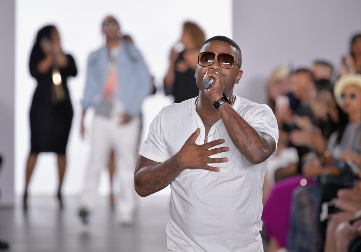 Recording artist Ray J performs on the runway for Galtiscopio - Runway - September 2017 during New York Fashion Week at The Gallery at The Dream Downtown Hotel on September 8, 2017 in New York City