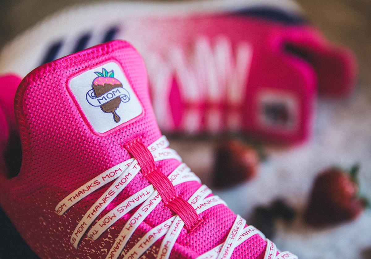 Aaron Judge Mother's Day cleats