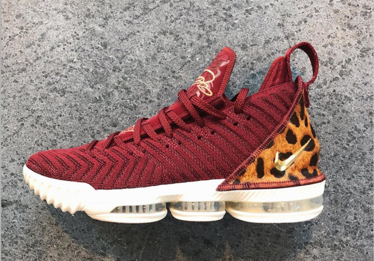 """King"" LeBron 16"