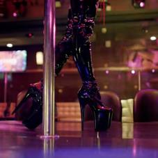 """Too $hort Takes It Back To The Strip Club In """"Give Her Some Money"""" Visual"""