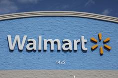"Walmart Slammed For Selling ""All Lives Matter"" T-Shirts"