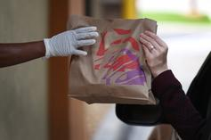 Taco Bell Gives Out Free Food For Vaccinated Customers