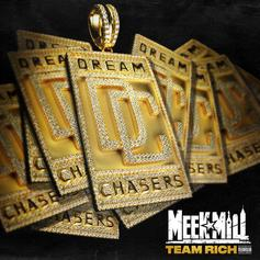 """Meek Mill Is Getting His Whole """"Team Rich"""" On New Song"""