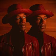 "Aloe Blacc Delivers New Song ""I Count On Me"""