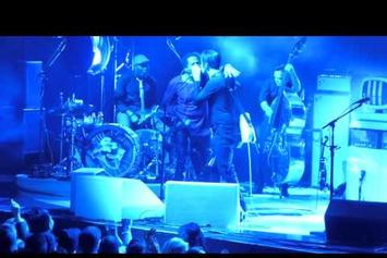 "Q-Tip Performs ""Excursions"" With Jack White At MSG"