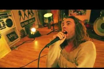 "Mod Sun Feat. Travis Barker ""Never Quit"" Video"
