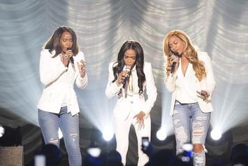 "Destiny's Child Performs ""Say Yes"" At The 2015 Stellar Awards"