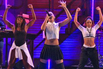 """Tinashe Performs """"All Hands On Deck"""" On Conan"""