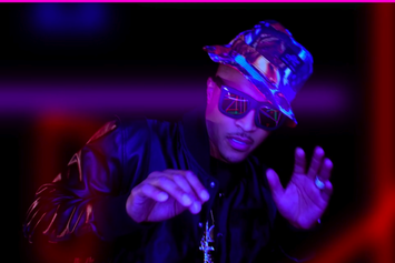 "T.I. ""Money Talk"" Video"