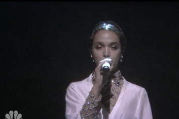 """FKA Twigs Performs """"Good To Love"""" On Jimmy Fallon"""