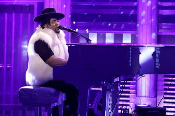 """D'Angelo Honors Prince With A Cover Of """"Sometimes It Snows In April"""" On Jimmy Fallon"""