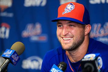 "Tim Tebow ""Heals"" Mets Fan Who Was Having A Seizure"