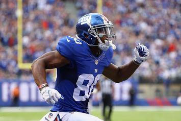 Victor Cruz Shows Off Special Cleats For London Game