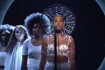 "Watch Solange Perform ""Cranes In The Sky"" and ""Don't Touch My Hair"" (With Sampha) On SNL"