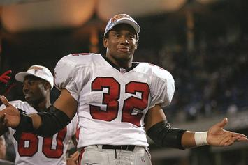 Former NFL Star Jamal Anderson Reportedly Exposed Himself To A Gas Station Attendant