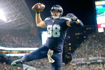 Jimmy Graham Debuts New Adidas Yeezy 750 Cleats For NFL Playoffs