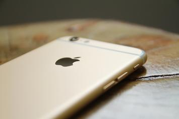 Apple's 10th Anniversary iPhone Rumored To Cost Over $1,000