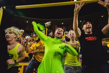 """Always Sunny"" Actor Charlie Day Shows Up At ASU Game As ""Green Man"""