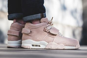 "Victor Cruz And Nike Debut ""Easter"" Colorway Of The Nike Air Trainer Cruz"