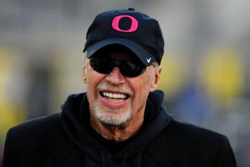 Nike Founder Phil Knight Talks Working With MJ, Tiger Woods +More