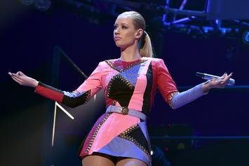 Iggy Azalea Turns Heads In NSFW Latex Ensemble