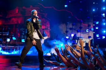 "Eminem Performs ""Walk On Water"" To Open The 2017 MTV EMA"
