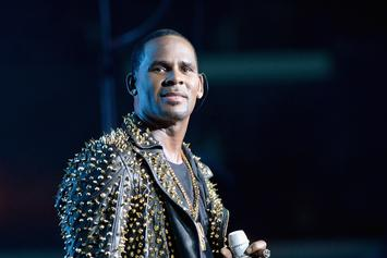 "R. Kelly Shows Love To Michael Jackson's Kids For Vibing Out To ""Ignition"""