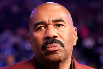 Twitter Roasts Steve Harvey's NYE Celebration Outfit