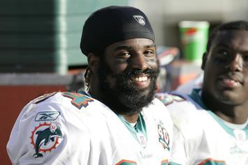 "Ricky Williams Promises ""Unlimited Supply"" Of Weed At Super Bowl Party"