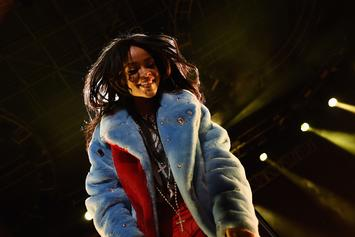 """Rihanna Joins The Cast Of """"The Voice"""""""