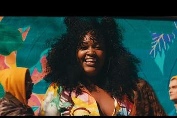 "CupcakKe Parties For Gay Rights In ""Crayons"" Video"