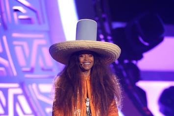 "Review: Erykah Badu's ""But You Caint Use My Phone"""