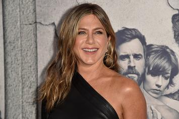 "Jennifer Aniston Set To Play Lesbian President In New Netflix Film ""First Ladies"""