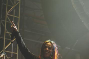6ix9ine's Female Companion Smashed By Flying Glass During Strip Club Visit
