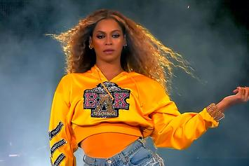 Beyoncé Requires Ladder Rescue After Floating Stage Breaks Down