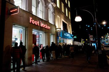"""Footaction, Foot Locker Announce """"Cream White"""" Yeezy Boost 350 V2 Release Locations"""