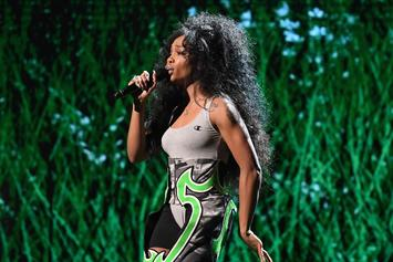 """SZA Asks Twitter For A Lil TLC: """"I Jus Want My Booty Rubbed"""""""