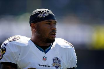 Former NFL Star Steve Smith Details Battle With Depression
